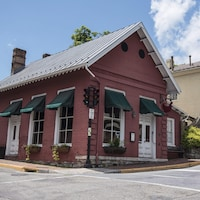 Façade du restaurant The Red Hen à Lexington, en Virginie.