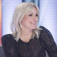 L'animatrice sur le plateau de son émission 1res fois.