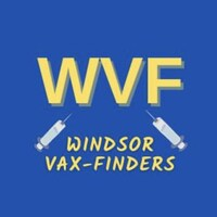 Un logo avec 3 lettre en gros plan et 2 seringues de vaccination.