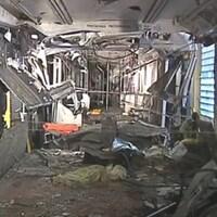 Vue d'une des rames de métro après l'accident du 11 août 1995.