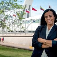 Soraya Martinez Ferrada devant le Stade olympique.