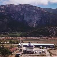 L'entreprise Carbon Engineering, à Squamish, est la première au Canada à pouvoir extraire du carbone de l'atmosphère de façon commerciale.