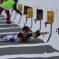 Xavier Gilbert lors de son épreuve de vitesse en biathlon