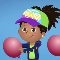 Alicia et son ami jouent avec des ballons gonflables. Ils portent tous les deux des casquettes colorées.