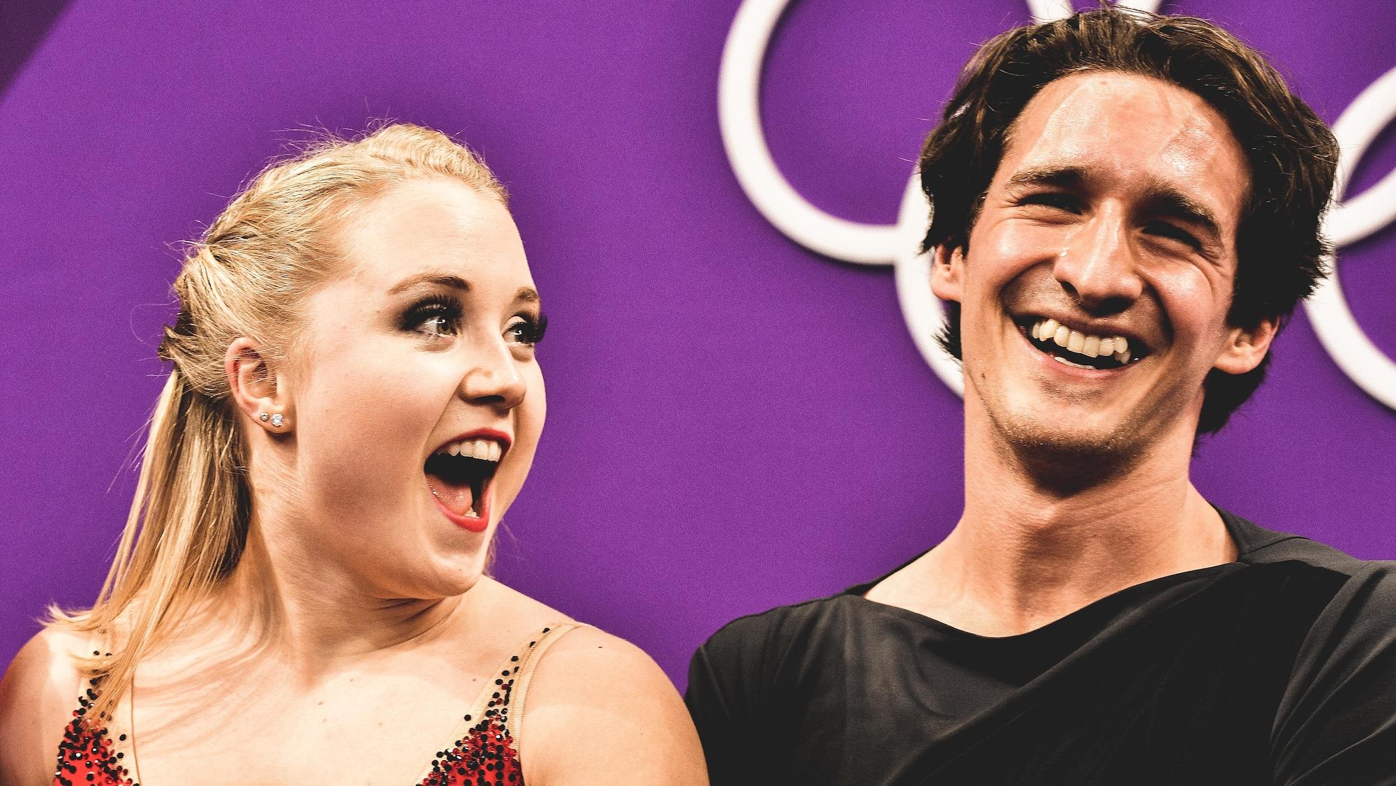 Julianne Séguin et Charlie Bilodeau rient à p^leine dents après leur programme libre aux Jeux olympiques de Pyeongchang