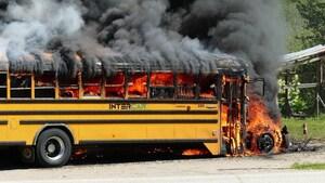 Un autobus scolaire prend feu à Ferland-et-Boilleau