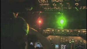 Amende de 300$ pour avoir pointé un laser sur un CF-18