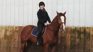 Une cavalière winnipégoise espère remonter à cheval après une chute grave