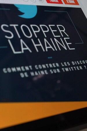 Un écran d'ordinateur sur lequel on peut lire : Stopper la haine, comment contrer les discours de haine sur Twitter.
