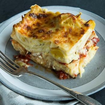 Un morceau de lasagne à la citrouille.