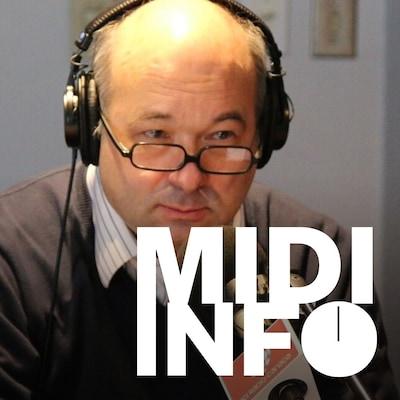 Michel C. Auger sur son lieu de travail à Radio-Canada.