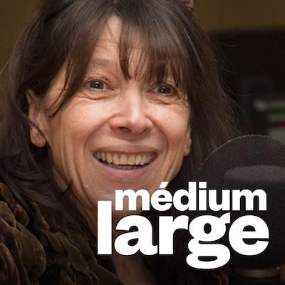 Marie-Christine Lévesque au micro.