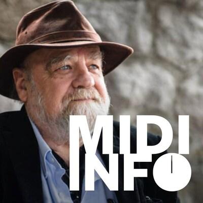 Serge Bouchard devant un mur de roches, et le logo de l'émission Midi Info.