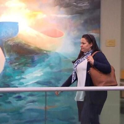 Adèle Sorella au palais de justice de Laval.
