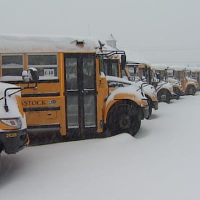 Plusieurs écoles sont fermées en Nouvelle-Écosse et à Terre-Neuve-et-Labrador en raison des conditions météorologiques difficiles