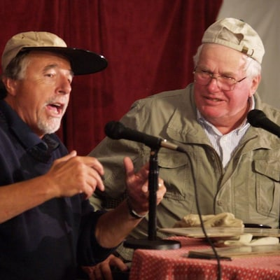 Bob Bryan (à droite) lors d'une entrevue radio en 2013.