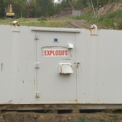 Un lieu d'entreposage d'explosifs au Massif de Charlevoix.
