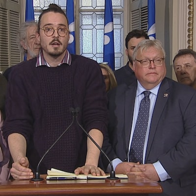 Point de presse à l'Assemblée nationale.