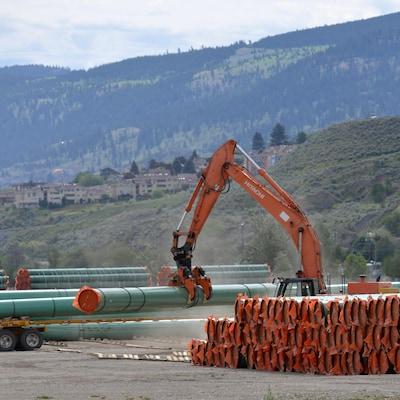 L'entreprise Kinder Morgan est chargée du projet d'expansion du  pipeline Trans Mountain.