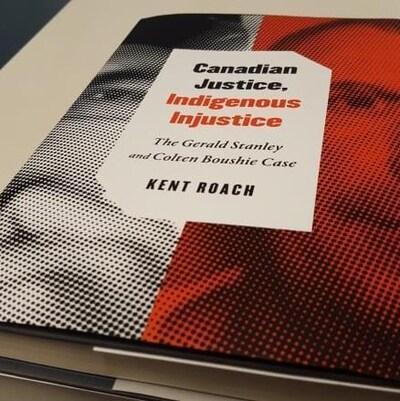 La couverture du livre Canadian Justice, Indidgenous injustice. En arrière plan les visages de la vicitme et de l'accusé dans ce procès.
