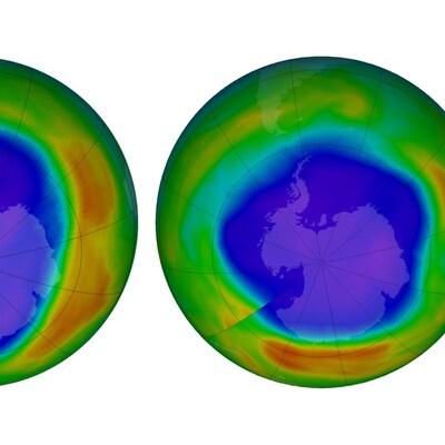 Les deux images du pôle Sud montrent que le trou dans la couche d'ozone a rétréci.