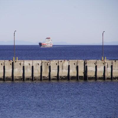 Le quai fédéral du port de Baie-Comeau