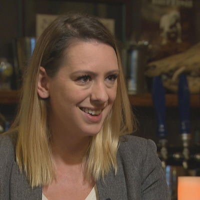 Ruth Ellen Brosseau parle de sa défaite aux élections fédérales du 21 octobre dernier.