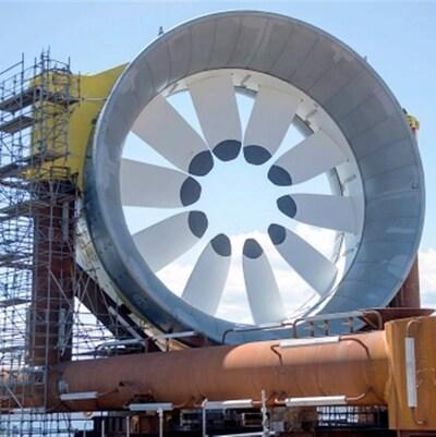 Une turbine marémotrice prête à être installée dans la baie de Fundy, en Nouvelle-Écosse.