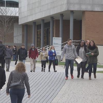 L'AGEFLESH soutient que les étudiants n'ont pas été consultés.