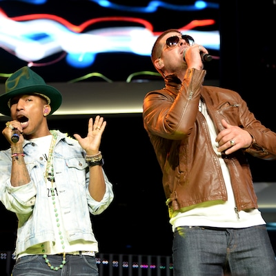 Pharrell Williams et Robin Thicke en 2014, sur une scène en Arkansas.