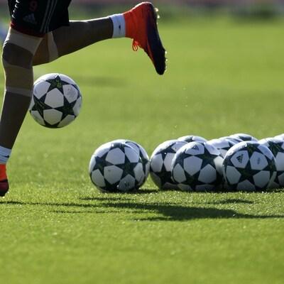Des ballons de soccer