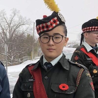 Monet Tessier en uniforme des Cadets de l'Armée du Canada