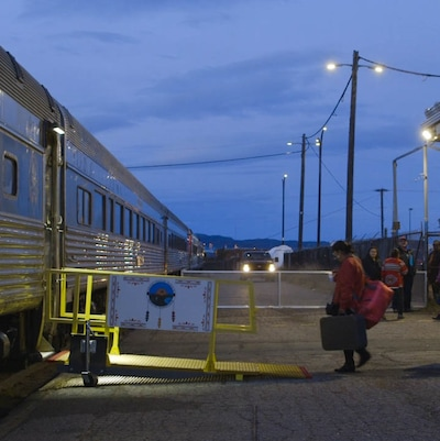 Le train Tshiuetin, qui relie Sept-Îles à Schefferville