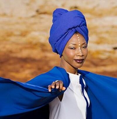 Participez au concours Escapade nomade à Québec  et gagnez des billets pour le spectacle de Fatoumata Diawara.
