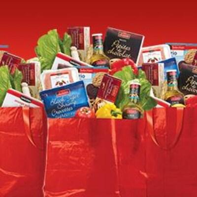 Des sacs d'épicerie pour le concours Super C.