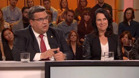 Le maire sortant Denis Coderre et la candidate Valérie Plante à l'émission « Tout le monde en parle »