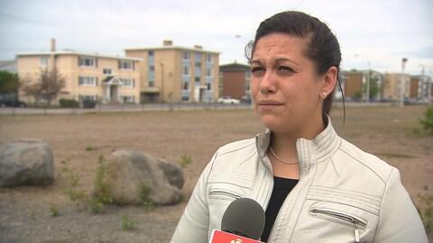 Élisabeth Chevalier lors d'une entrevue donnée à Radio-Canada alors qu'elle était conseillère municipale du district de Sainte-Marguerite.