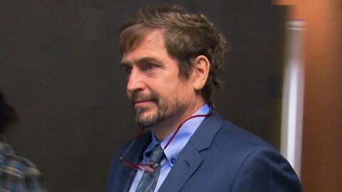 Le psychiatre Louis Morissette, embauché par les avocats de Randy Tshilumba.