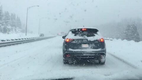 La circulation a été interrompue pendant une heure sur le boulevard Pierre-Ouellet en raison d'un accident.