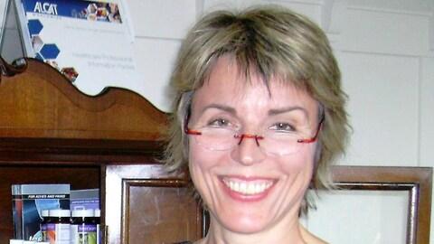 Anke Zimmermann qui sourit sur une photo.