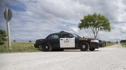 Une auto-patrouille de la Police provinciale de l'Ontario
