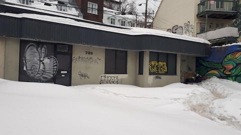 Un bar clandestin fermé à Québec.