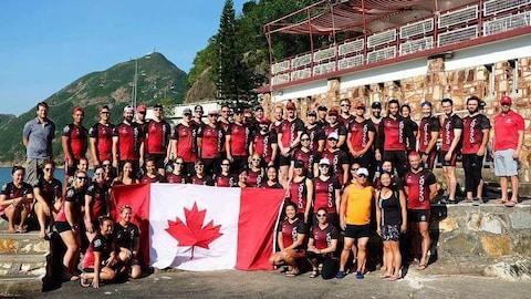 La Trifluvienne Karine Maltais en Chine avec l'équipe canadienne de bateau-dragon.