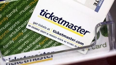 Des billets et des cartes-cadeaux de Ticketmaster.