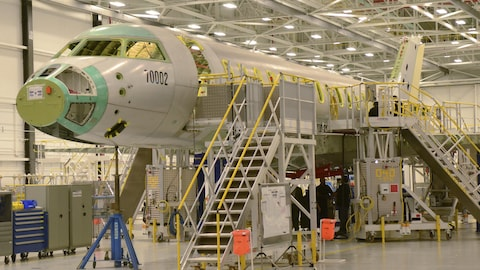 Un Global 7000 de Bombardier dans une usine d'assemblage à Toronto, le 3 novembre 2015.