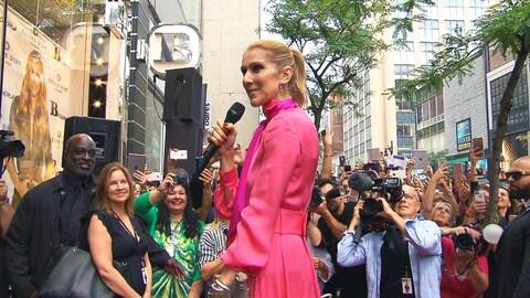 Céline Dion au centre-ville de Montréal en août 2017.