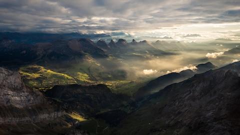 Des montagnes suisses