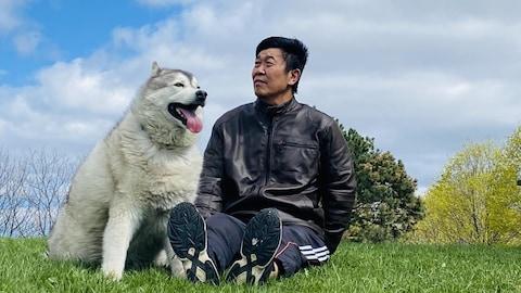 大付和他的爱犬。