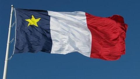 Le drapeau acadien.