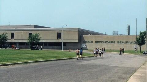 Seuls les élèves de la section primaire de l'École Beaurivage sont en congé.